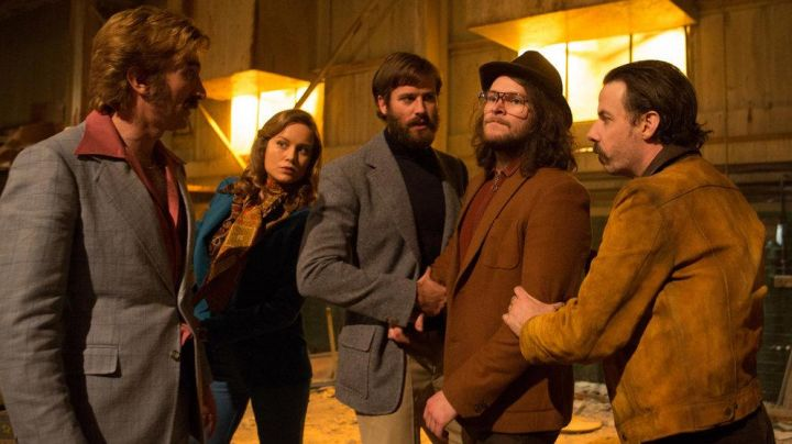 The sweat brown Harry (Jack Reynor) in Free Fire - Movie Outfits and Products