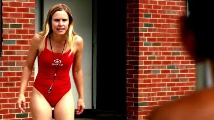 The swimsuit Leigh (kristen Bell) in the film the Lifeguard