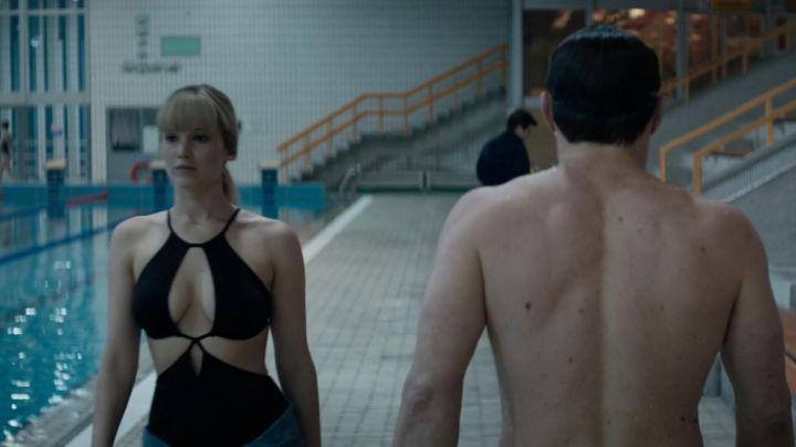 The swimsuit / trikini of Dominika Egorova (Jennifer Lawrence) in Red Sparrow - Movie Outfits and Products