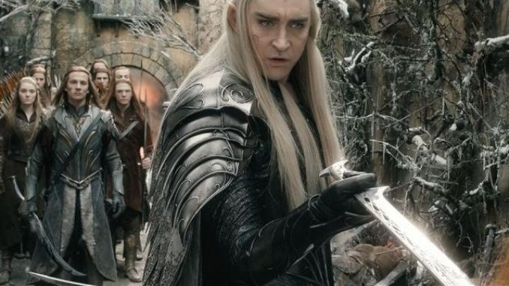 The sword of Thranduil (Lee Pace) in The Hobbit : The Battle of the Five Armies Movie