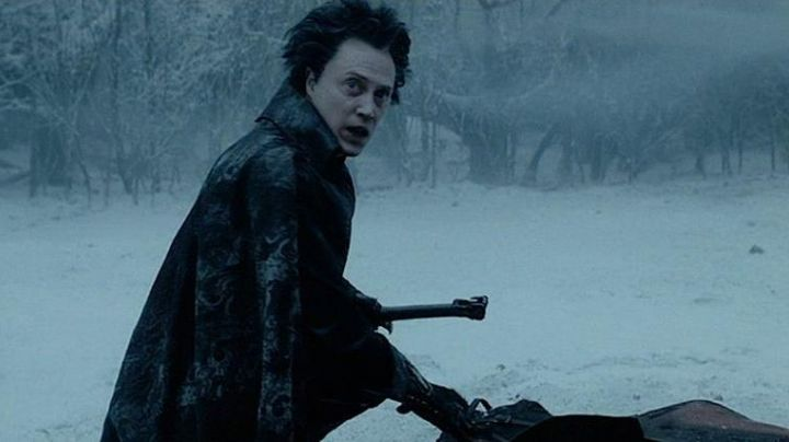 The sword of the headless Horseman (Christopher Walken) in Sleepy Hollow - Movie Outfits and Products