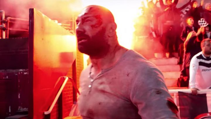 Fashion Trends 2021: The t-shirt henley worn by Michael Knox (Dave Bautista) in Final Score