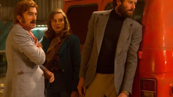 The tan pants of Ord (Armie Hammer) in Free Fire - Movie Outfits and Products