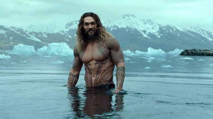 The temporary tattoos of Aquaman (Jason Momoa) in Aquaman - Movie Outfits and Products