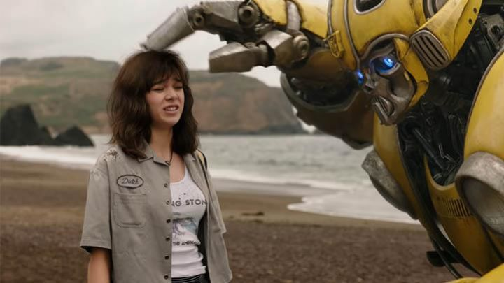 "The top Rolling Stones ""Tour of the Americas"" by Charlie Watson (Hailee Steinfeld) in Bumblebee Movie"