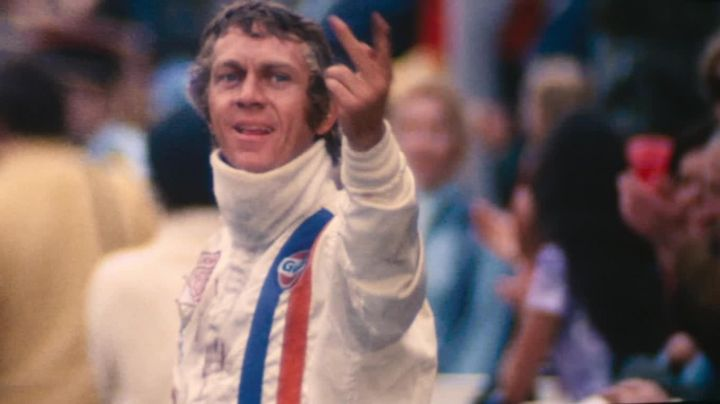 The top combination of white pilot Gulf of Michael Delaney (Steve McQueen) in Le Mans Movie