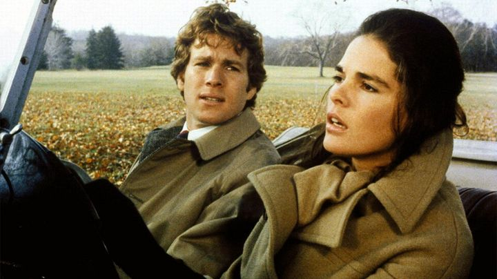 Fashion Trends 2021: The trench coat, camel-colored Jennifer Cavalleri (Ali MacGraw) in Love Story