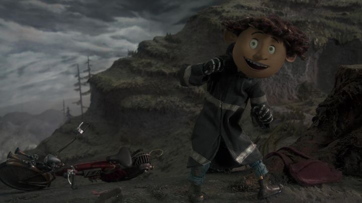 The true face of Wybie (Robert Bailey, Jr.) in Coraline - Movie Outfits and Products