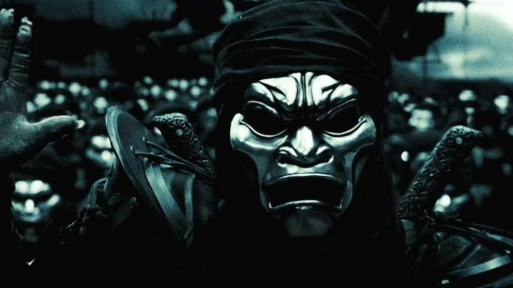 The true mask of the Immortals in 300 - Movie Outfits and Products