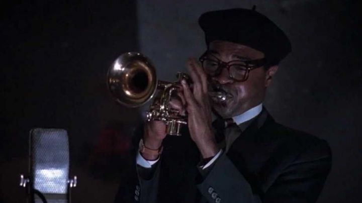 The trumpet of Dizzy Gillespie (Samuel E. Wright) in Bird - Movie Outfits and Products