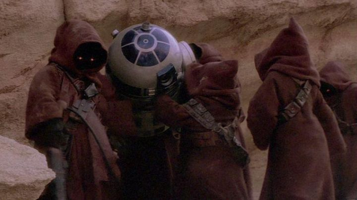 Fashion Trends 2021: The tunic (child version) of Jawa in Star Wars IV : A new hope