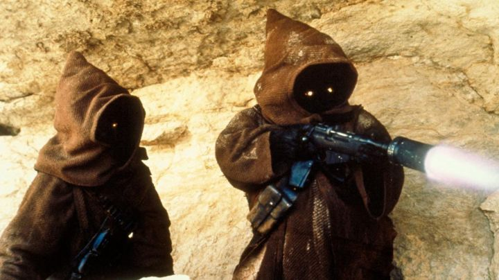 The tunic of the Jawas in Star Wars IV : A New Hope - Movie Outfits and Products