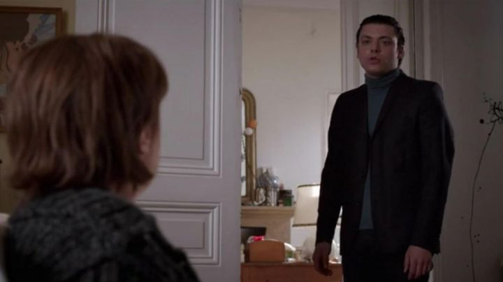 The turtleneck Alex (Kev Adams) in Son - Movie Outfits and Products