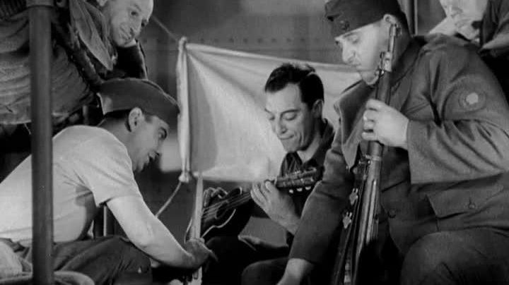 The ukulele Buster Keaton in Doughboys - Movie Outfits and Products