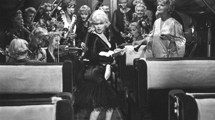 The ukulele from Sugar Kane Kowalczyk (Marilyn Monroe) in Some like it hot - Movie Outfits and Products