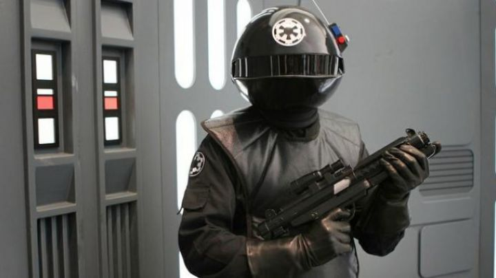 The uniform of the Imperial Gunner from Star Wars IV : A new hope - Movie Outfits and Products