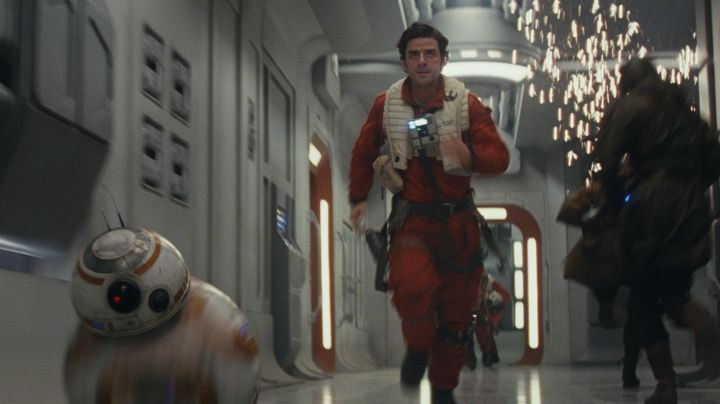 The uniform of the pilot Poe Dameron (Oscar Isaac) in Star Wars VIII : The Last Jedi - Movie Outfits and Products