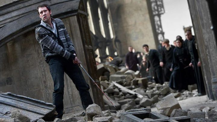 The vest Neville Londubat (Matthew Lewis) in Harry Potter and the deathly hallows Part 2 - Movie Outfits and Products