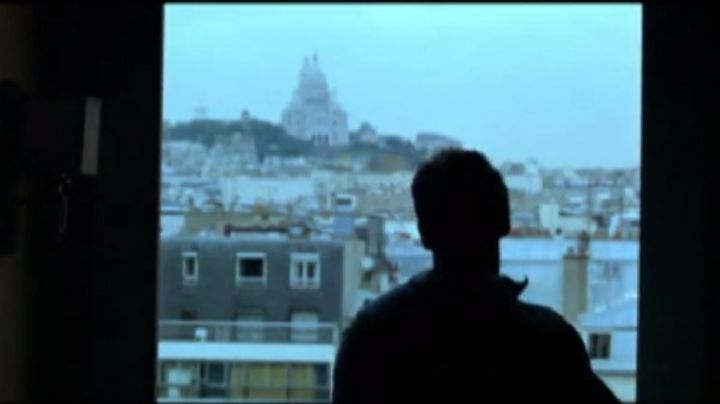 The view of Montmartre in Up to you - Movie Outfits and Products