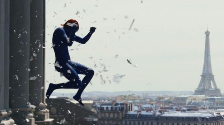 The view of Paris in X-Men Days of future past (Jennifer Lawrence) - Movie Outfits and Products