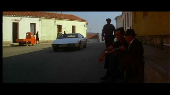 The village of San Pantaleo in Sardinia in The spy who loved me (James Bond) - Movie Outfits and Products