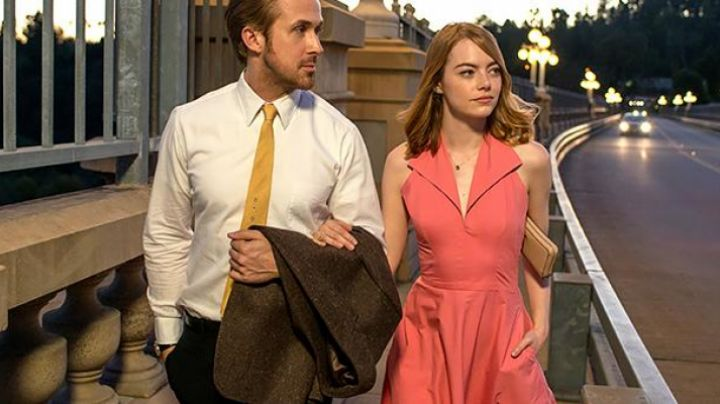 Fashion Trends 2021: The vintage Dress pink Mia (Emma Stone) in the The land