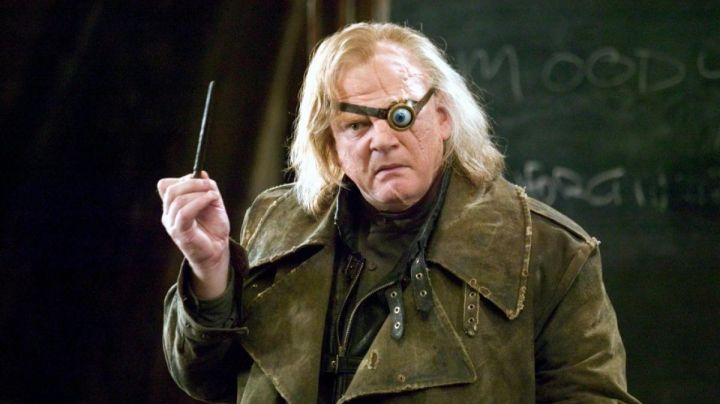 """The wand """"ollivander's"""" Alastor Maugrey Mad Eye (Brendan Gleeson) in Harry Potter and the goblet of fire Movie"""