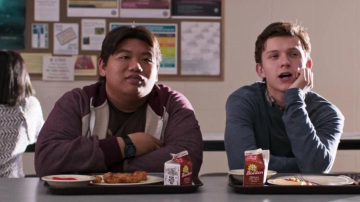 The watch Armitron Ned Leeds (Jacob Batalon) in Spider-Man : Homecoming movie
