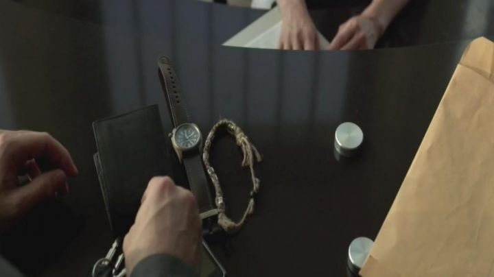 Fashion Trends 2021: The watch Bertucci A2-T of John (Scott Adkins) in Universal Soldier : Day of judgment