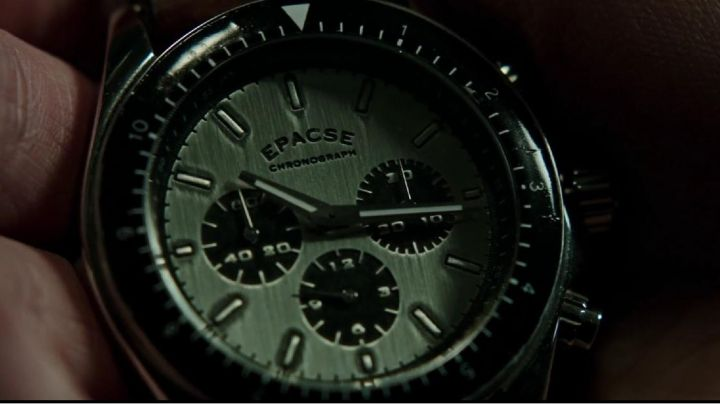 The watch Epacse of Dylan Rhodes (Mark Ruffalo) in Elusive 2 - Movie Outfits and Products