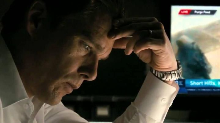 Fashion Trends 2021: The watch Mossimo James Sandin (Ethan Hawke) in American Nightmare
