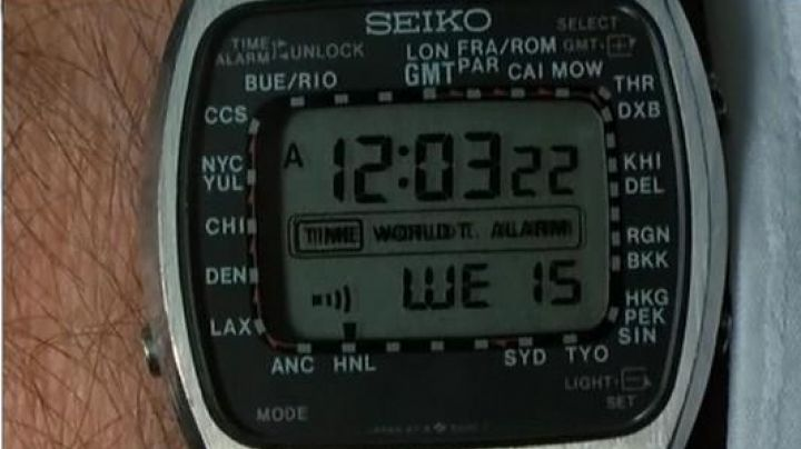 The watch Seiko of Brian Stimpson (John Cleese) in Clockwise - Movie Outfits and Products