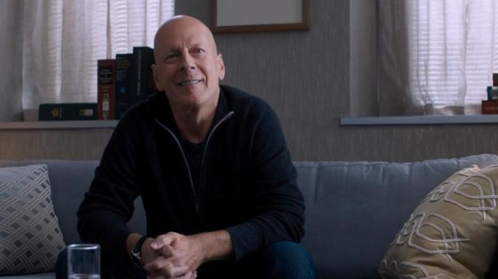 The watch black of Paul Kersey (Bruce Willis) in Death Wish - Movie Outfits and Products