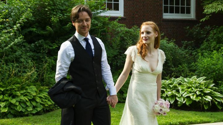 Fashion Trends 2021: The wedding dress of Eleanor Rigby (Jessica Chastain) in ' The Disappearance of Eleanor Rigby : them