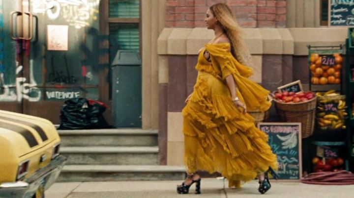 Fashion Trends 2021: The wedge sandals with flowers from Beyoncé in Lemonade