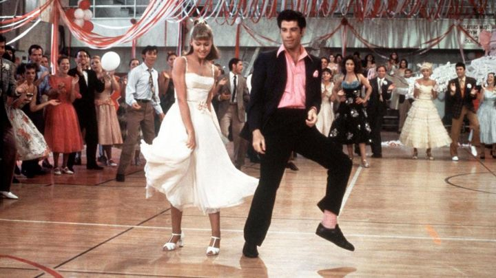 Fashion Trends 2021: The white dress of Sandy (Olivia Newton-John) in Grease