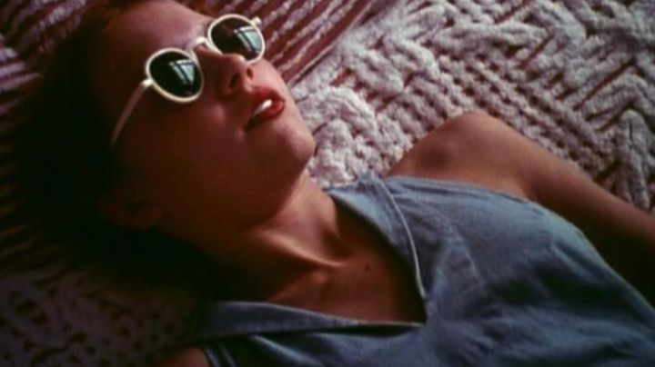 The white sunglasses of Dolores Haze (Sue Lyon) in Lolita - Movie Outfits and Products