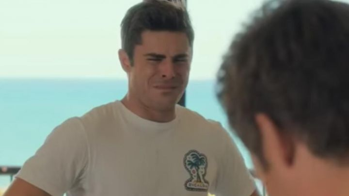 Fashion Trends 2021: The white t-shirt with printed color worn by Dave Stangle (Zac Efron) in Out-of-Control
