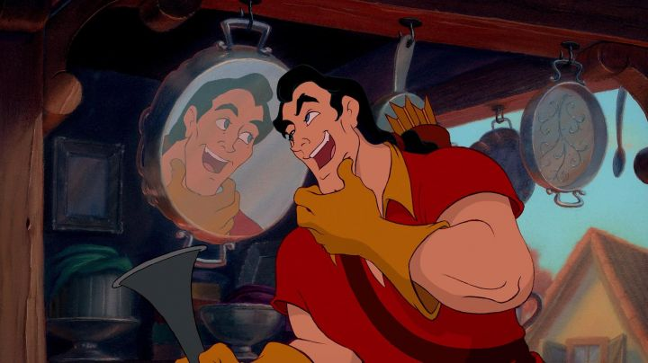 The wig of Gaston in beauty and The Beast - Movie Outfits and Products