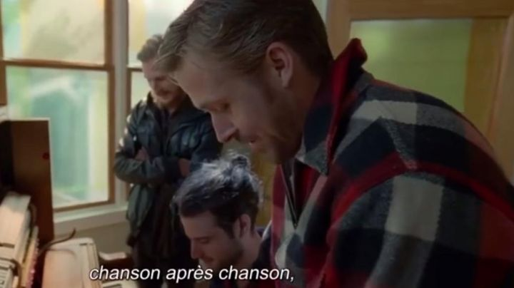 Fashion Trends 2021: The wool jacket plaid red and black of BV (Ryan Gosling) in Song-to-Song