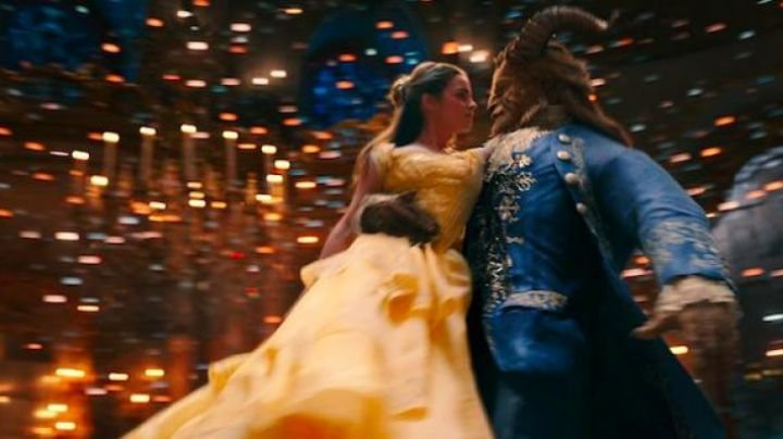 Fashion Trends 2021: The yellow dress Belle (Emma Watson) in beauty and The Beast