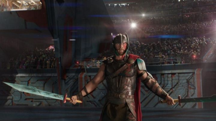 Thor's (Chris Hemsworth) 3D printed swords as seen in Thor: Ragnarok - Movie Outfits and Products
