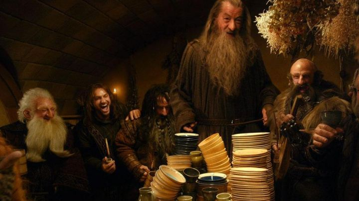 Tobacco pipe of Kili (Aidan Turner) in The Hobbit: A unexpected journey Movie