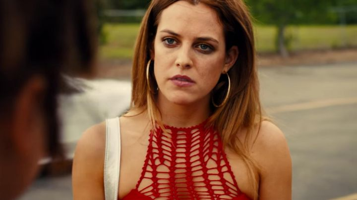 Top sexy Krystal (Riley Keough) in the American Honey