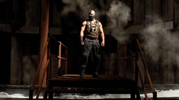 Vest worn by Bane (Tom Hardy) in The Dark Knight Rises - Movie Outfits and Products