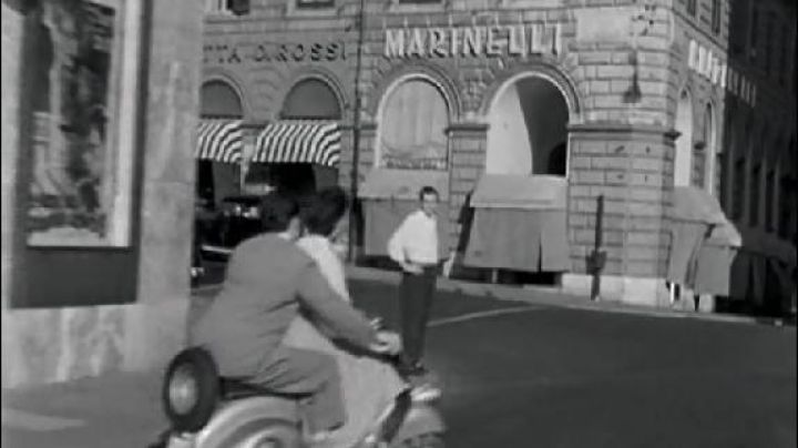 Via Agostino Depretis and Via del Viminale in Rome in roman Holiday - Movie Outfits and Products