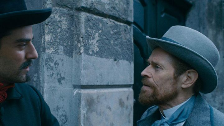 Vincent Van Gogh's (Willem Dafoe) grey hat as seen in At Eternity's Gate Movie