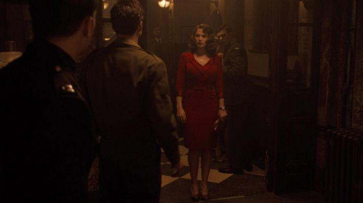 Vintage 50s Red Dress worn by Peggy Carter (Hayley Atwell) in Captain America: First Avenger - Movie Outfits and Products
