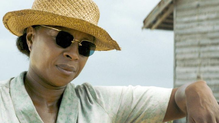 Vintage sunglasses worn by Florence Jackson (Mary J. Blige) as seen in Mudbound - Movie Outfits and Products