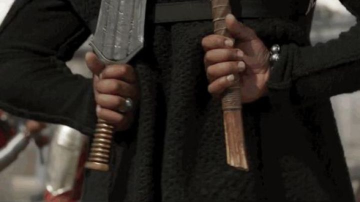 Wakandan Weapons of Erik Killmonger (Michael B. Jordan) as seen in Black Panther - Movie Outfits and Products